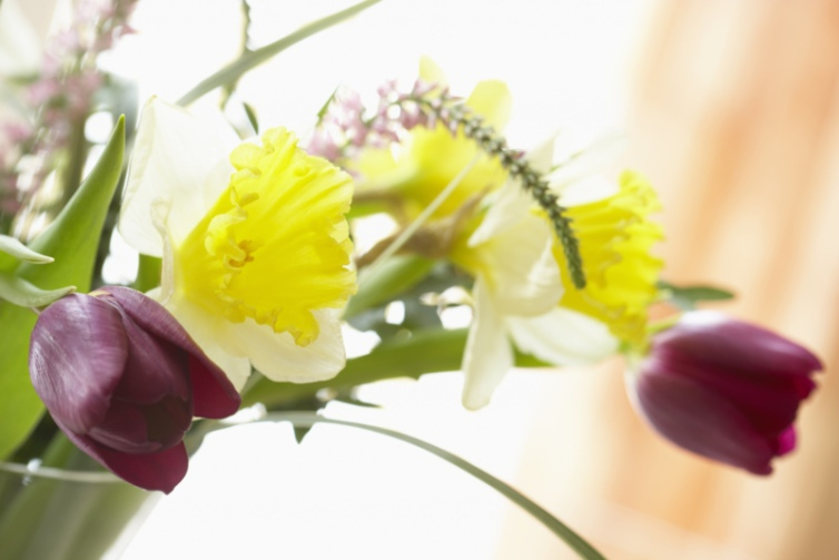 spring-flower-arrangement.jpg