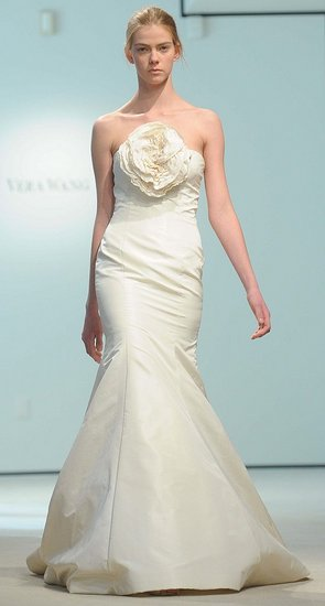 Vera Wang Bridal Gowns Samples - Prom dresses and wedding dresses